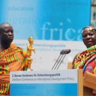 König des Ashantireiches (Ghana) 2. BonnerKonferenz (© MGFFI/Benedikt Plesker, KNA)